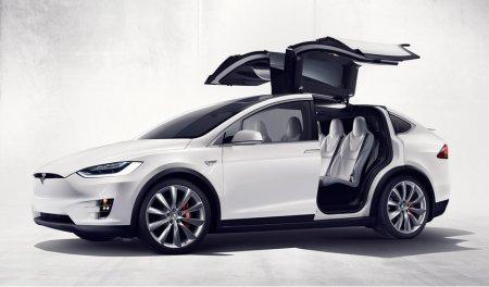 Уникальный Tesla Model X – новый электрический кроссовер